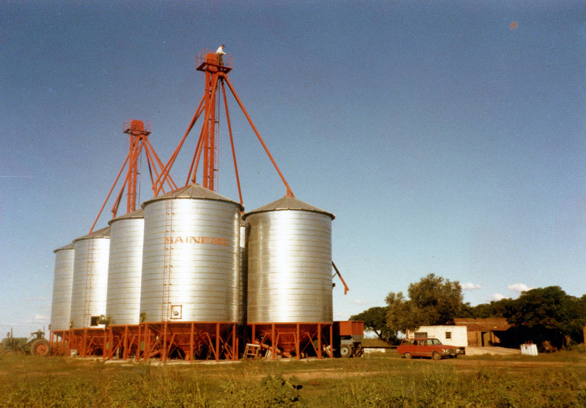 The journey of Cono started 1975 in the Cordoba province in central Argentina.